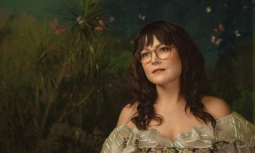 """Sara Watkins Shares Collage-Style Video for Lullaby-Style Song """"Night Singing"""""""