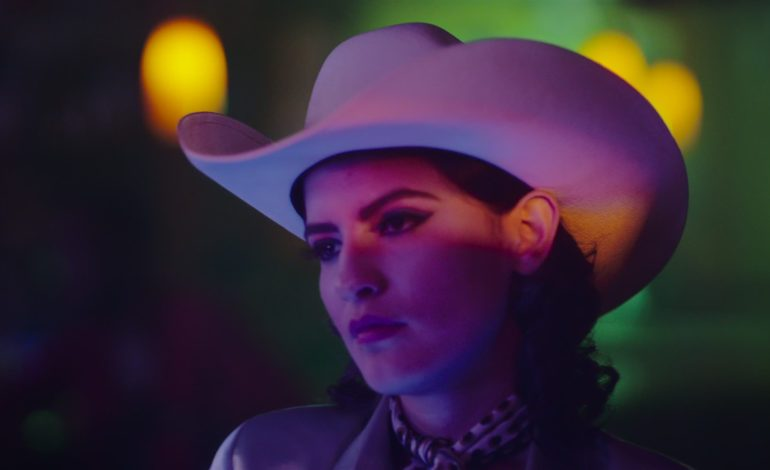 """First Ever Official Video for Patsy Cline's Classic Hit """"Crazy"""" Is Released"""