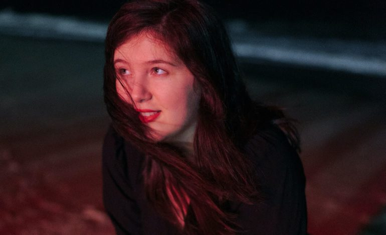 """Lucy Dacus Finally Releases Live Fan-Favorite """"Thumbs"""""""