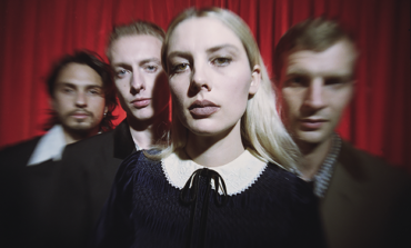 """Wolf Alice Announces Fall 2021 Tour Dates and Shares New Song """"How Can I Make It Ok?"""""""