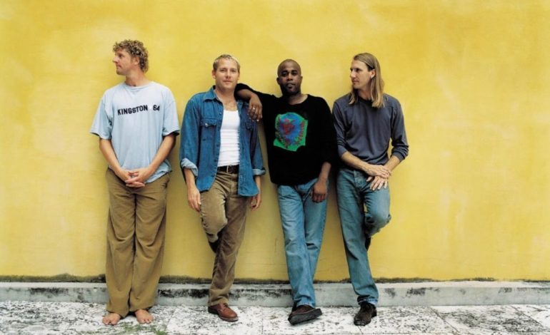 Hootie & The Blowfish Announce HootieFest: The Big Splash 2022 Lineup Featuring Barenaked Ladies, Blues Traveler and Toadies