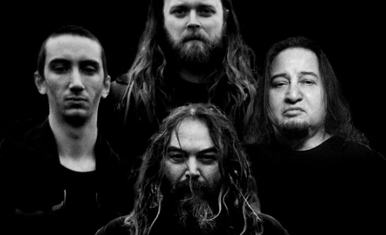 """Soulfly Says Marc Rizzo Was Dismissed for """"Personal"""" Reasons While Ex-Guitarist Claims Band Offered No Financial Support for Bandmembers or Crew During Pandemic"""